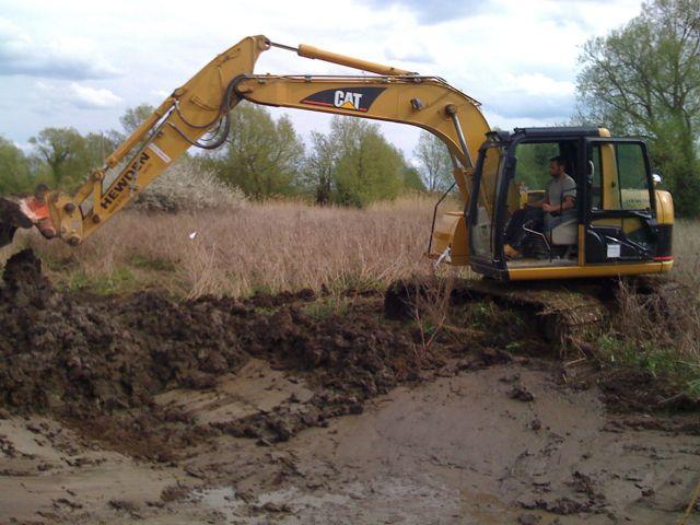 Live pond digging the garden pond blog for Digging a garden pond